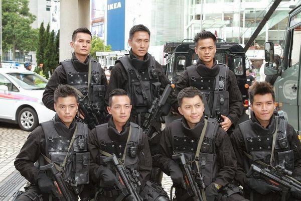 Những hội nam thanh, nữ tú nổi tiếng nhất trên màn ảnh nhỏ TVB - Hình 12