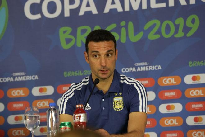 Tin nóng Copa America ngày 23/6: Thầy Messi tự tin giành vé tứ kết - Hình 1