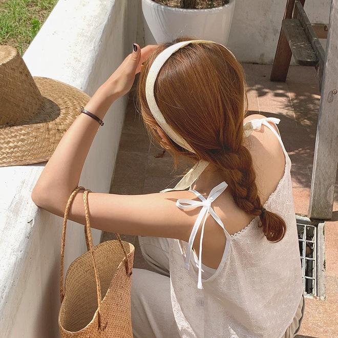 3 cách lên đồ với vải thô giải cứu chị em trong những ngày nắng muốn đổ mỡ - Hình 3