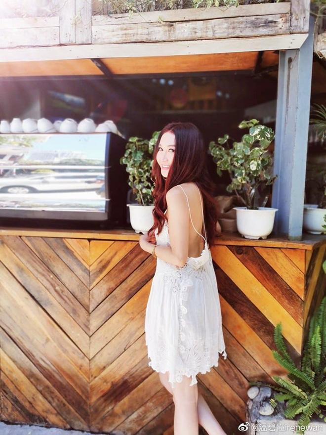 Đát Kỷ Ôn Bích Hà khoe ảnh du lịch Nha Trang, dân tình chỉ dán mắt vào body U55 mà gợi cảm như gái đôi mươi - Hình 6