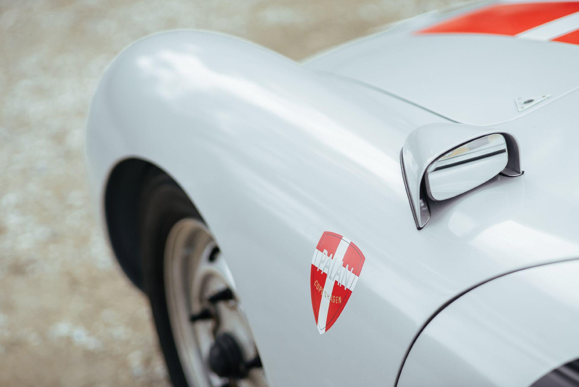 Hàng hiếm Porsche 50 năm tuổi vừa được chốt giá triệu đô - Hình 6