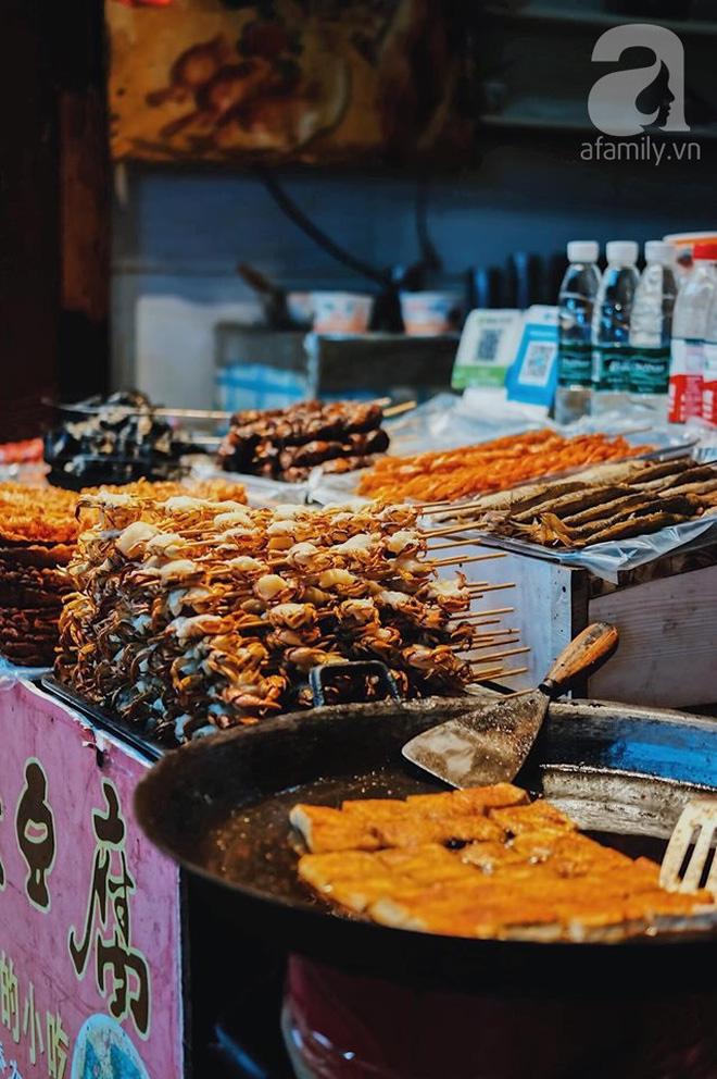 Kinh nghiệm du lịch Phượng Hoàng Cổ Trấn chỉ 13 triệu/người cho 9 ngày mà ở homestay đẹp, ăn uống tùy hứng - Hình 14