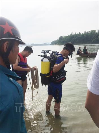 Tìm thấy 2 học sinh còn lại bị đuối nước khi tắm sông ở Nghệ An - Hình 1