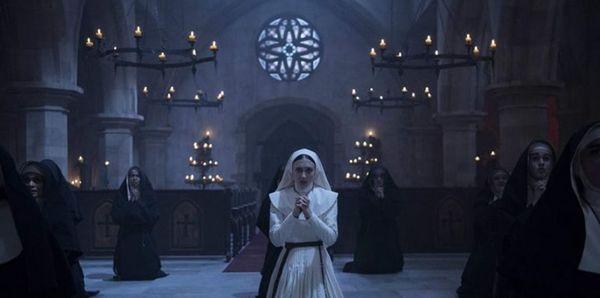 Trước khi xem Annabelle Comes Home, bạn đã biết thứ tự xem phim của vũ trụ điện ảnh The Conjuring? - Hình 3