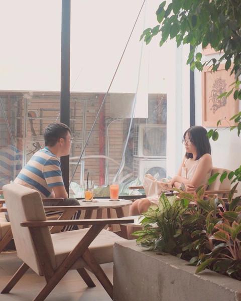 4 quán cà phê rộng rãi cho phụ huynh ngồi chờ thí sinh thi THPT 2019 - Hình 4