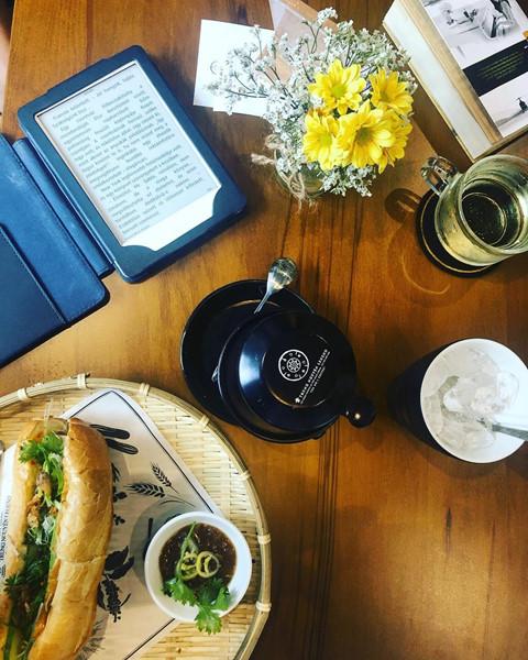 4 quán cà phê rộng rãi cho phụ huynh ngồi chờ thí sinh thi THPT 2019 - Hình 10