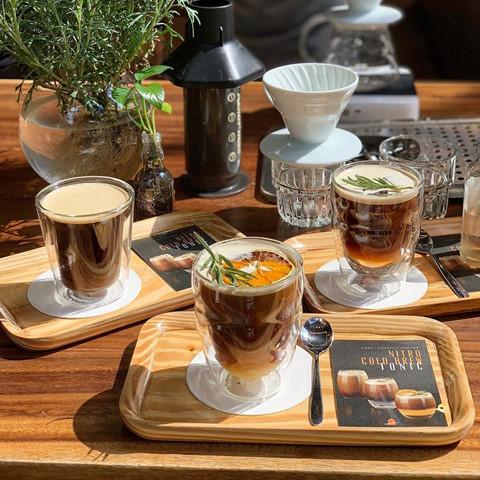 4 quán cà phê rộng rãi cho phụ huynh ngồi chờ thí sinh thi THPT 2019 - Hình 1