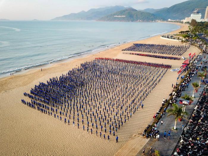 Biển Quy Nhơn trước khi bứng 3 khách sạn ngàn tỉ - Hình 8