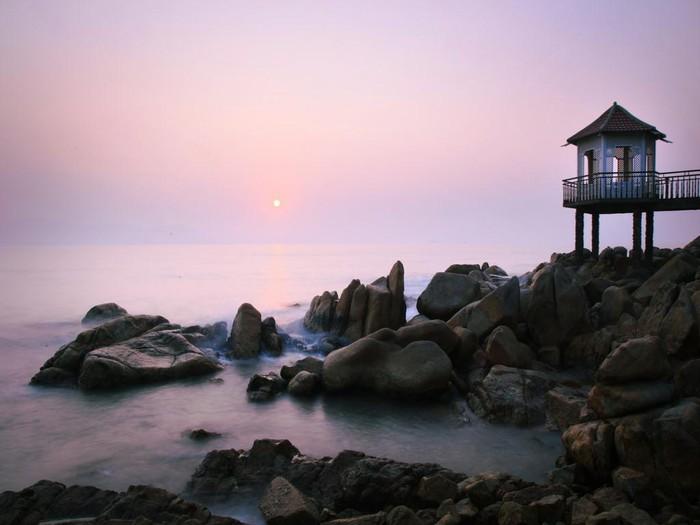 Biển Quy Nhơn trước khi bứng 3 khách sạn ngàn tỉ - Hình 10