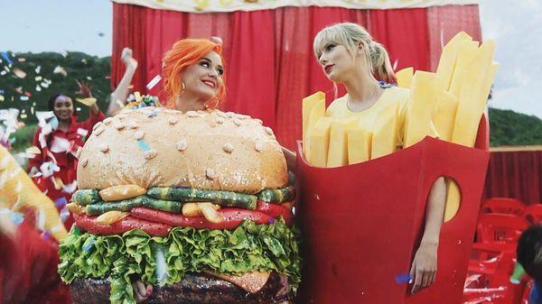 Billboard Hot 100 tuần này: Màn tái hợp lịch sử của Taylor Swift và Katy Perry không hạ bệ được ách thống trị Old Town Road - Hình 2
