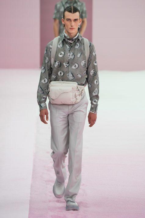 Bộ sưu tập Dior Men Hè 2020: Quá khứ của tương lai - Hình 15