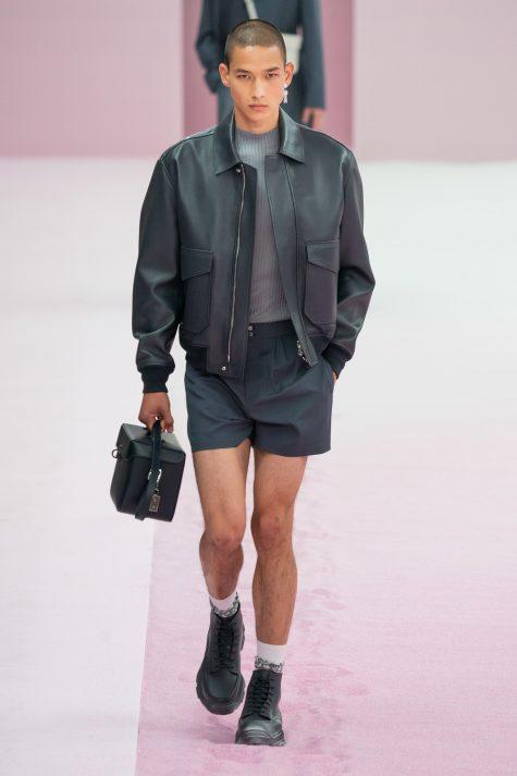 Bộ sưu tập Dior Men Hè 2020: Quá khứ của tương lai - Hình 17