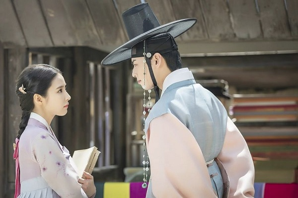 Cặp chị em Shin Se Kyung - Cha Eun Woo (ASTRO) sẽ xích lại gần nhau hơn trong tác phẩm cổ trang này - Hình 1