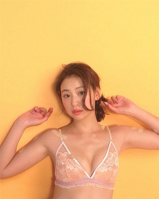Chỉ cao mét rưỡi nhưng sở hữu vòng 1 quá khổ, hai cô nàng nấm lùn đang làm điên đảo làng người mẫu Nhật Bản - Hình 10