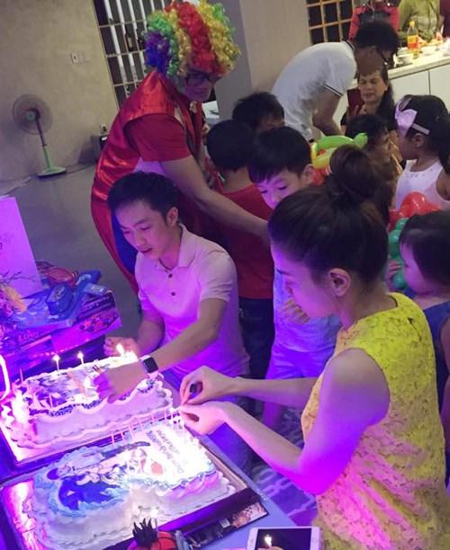 Dù gia đình ly tán, Subeo vẫn được tận hưởng 5 sinh nhật trọn vẹn với sự hiện diện của cả bố lẫn mẹ - Hình 2