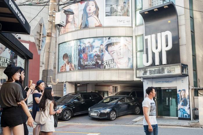 Giới siêu giàu Hàn Quốc sống như thế nào ở quận Gangnam - Hình 7