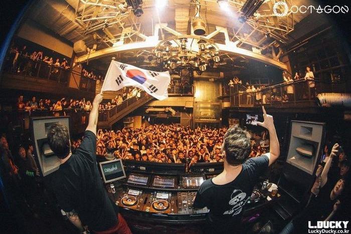 Giới siêu giàu Hàn Quốc sống như thế nào ở quận Gangnam - Hình 13