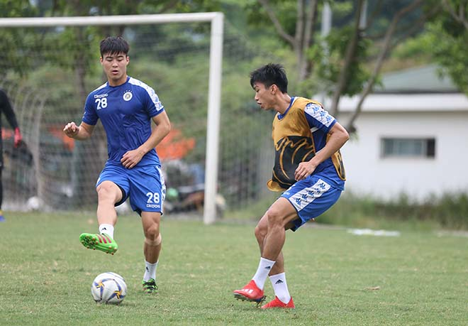 Hà Nội FC đấu AFC Cup: Văn Hậu dồn sức giải châu Á trước tin đồn sang Áo thi đấu - Hình 8