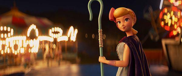 Không phải Woody, đây mới là 2 cô nàng chiếm trọn spotlight trong phim Toy Story 4 - Hình 6