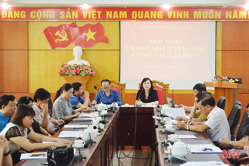 Nâng cao chất lượng đội ngũ cán bộ làm công tác gia đình ở Hà Tĩnh - Hình 1