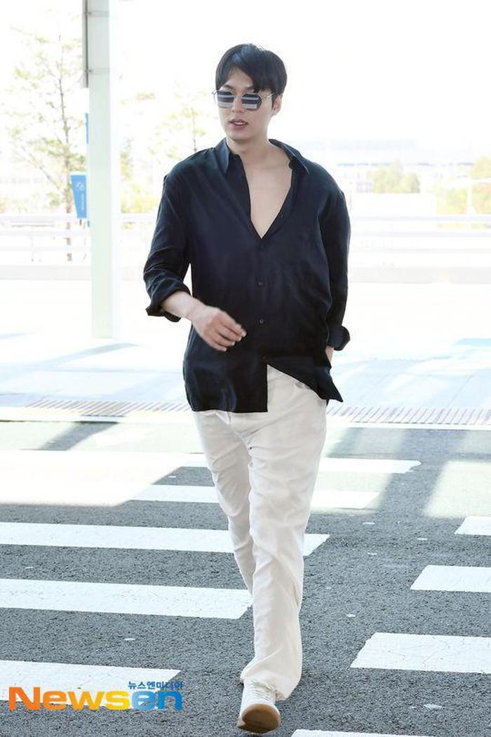 Nghịch lý trai đẹp: Lee Min Ho và Park Seo Joon mix đồ giống đến 90% nhưng người được khen lên mây, người bị dìm tận đáy - Hình 2