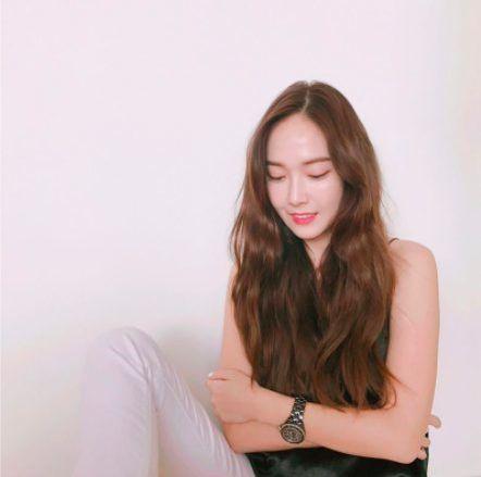 Những lần đụng chạm fan Kpop của nghệ sĩ Việt: Người nhận cái kết đắng, người thậm chí phải xin lỗi tới... 2 lần - Hình 19