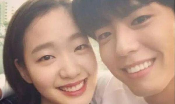 Những tình bạn khác giới đáng yêu trong ngành giải trí Hàn Quốc - Hình 5
