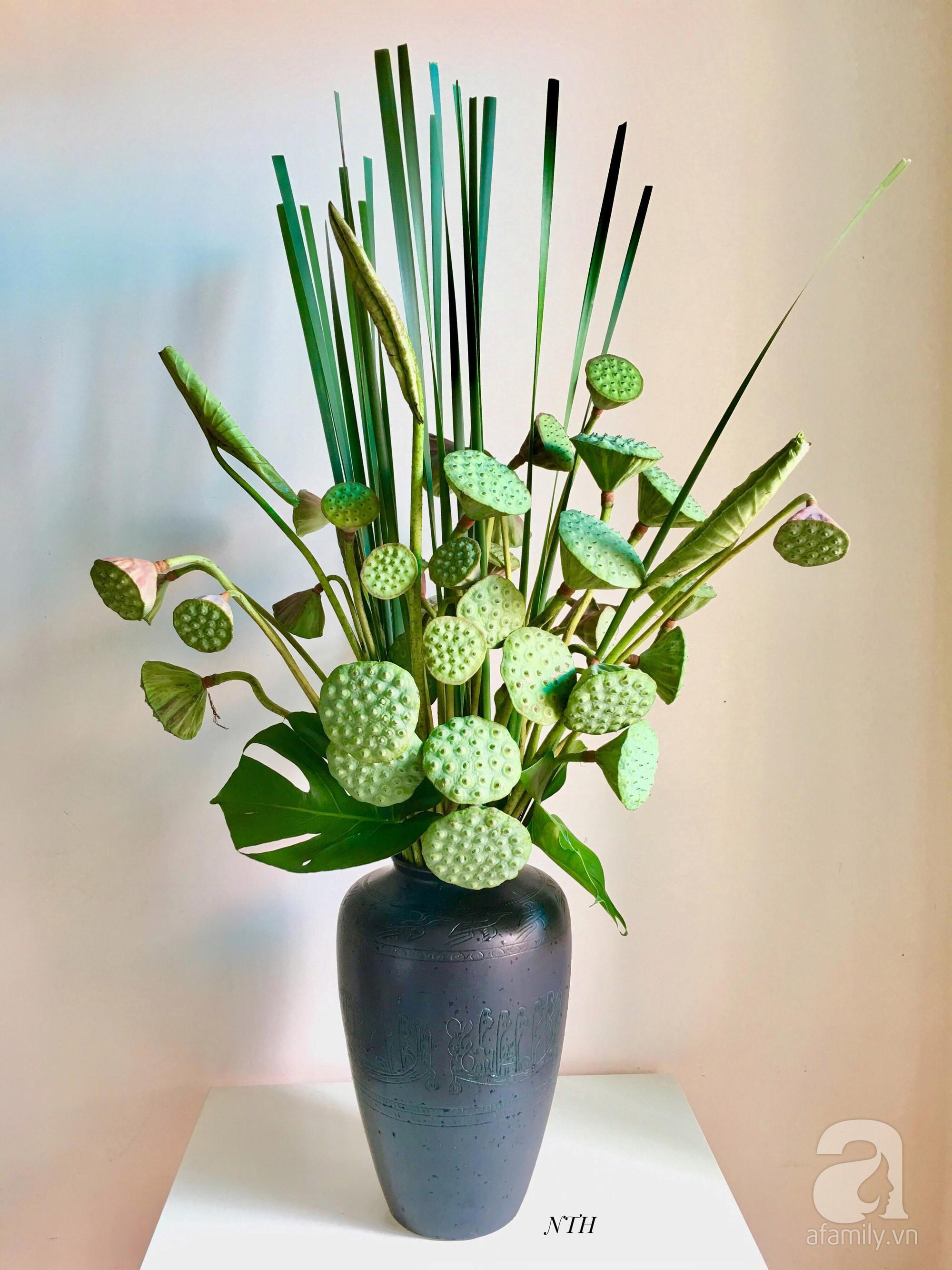 Níu giữ hương mùa hạ với những bình hoa sen đẹp dịu dàng trong tổ ấm của 3 người phụ nữ đảm tại Hà Nội - Hình 32