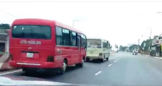 Xử lý nghiêm hai xe khách rượt đuổi nhau ở Tây Nguyên - Hình 1