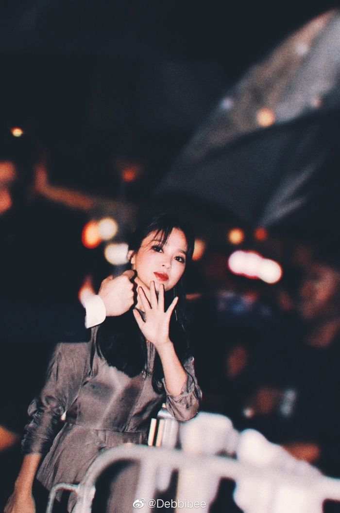 Đột nhiên ngoại hình khác lạ: bánh bèo Song Hye Kyo lấy cảm hứng từ phim mới của chồng - Hình 5