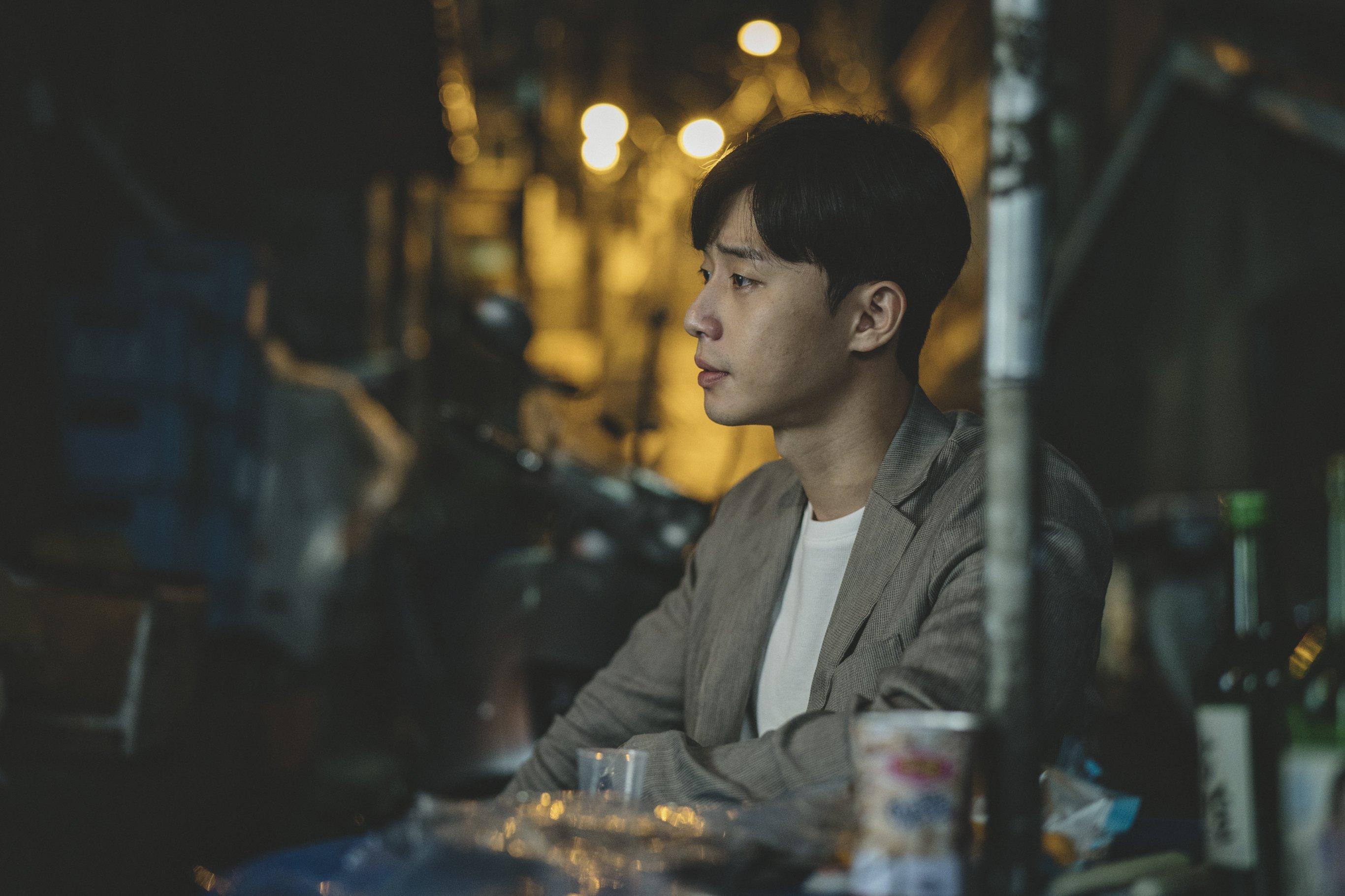 Park Seo Joon: Người Tốt, Kẻ Xấu Hay Cầu Nối Giữa Ký Sinh Trùng Và Vật Chủ? - Hình 1