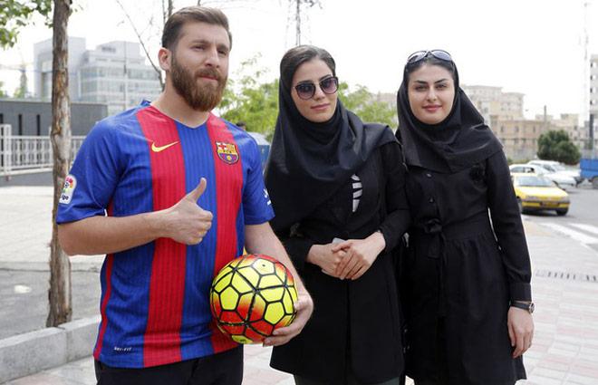 Bản sao Messi gây họa lớn: Sắp hầu tòa vì mạo danh lừa tình 23 phụ nữ - Hình 7