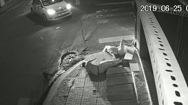 Đã xác định tài xế Vinasun bỏ mặc cô gái trẻ bất động trong đêm ở Sài Gòn - Hình 2