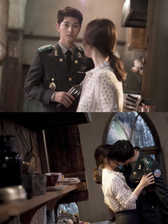 Nhói lòng khi xem lại những thước phim đẹp như mơ của Hậu duệ mặt trời - tác phẩm se duyên cho Song Joong Ki và Song Hye Kyo - Hình 5