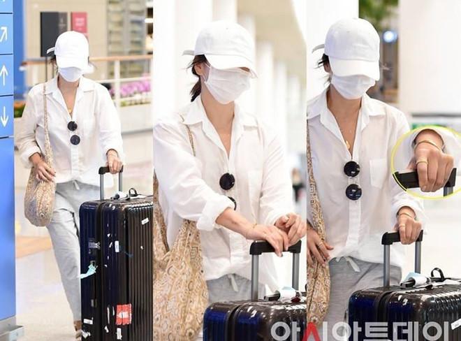 Song Hye Kyo du lịch một mình, né ống kính trước ngày ly hôn - Hình 2