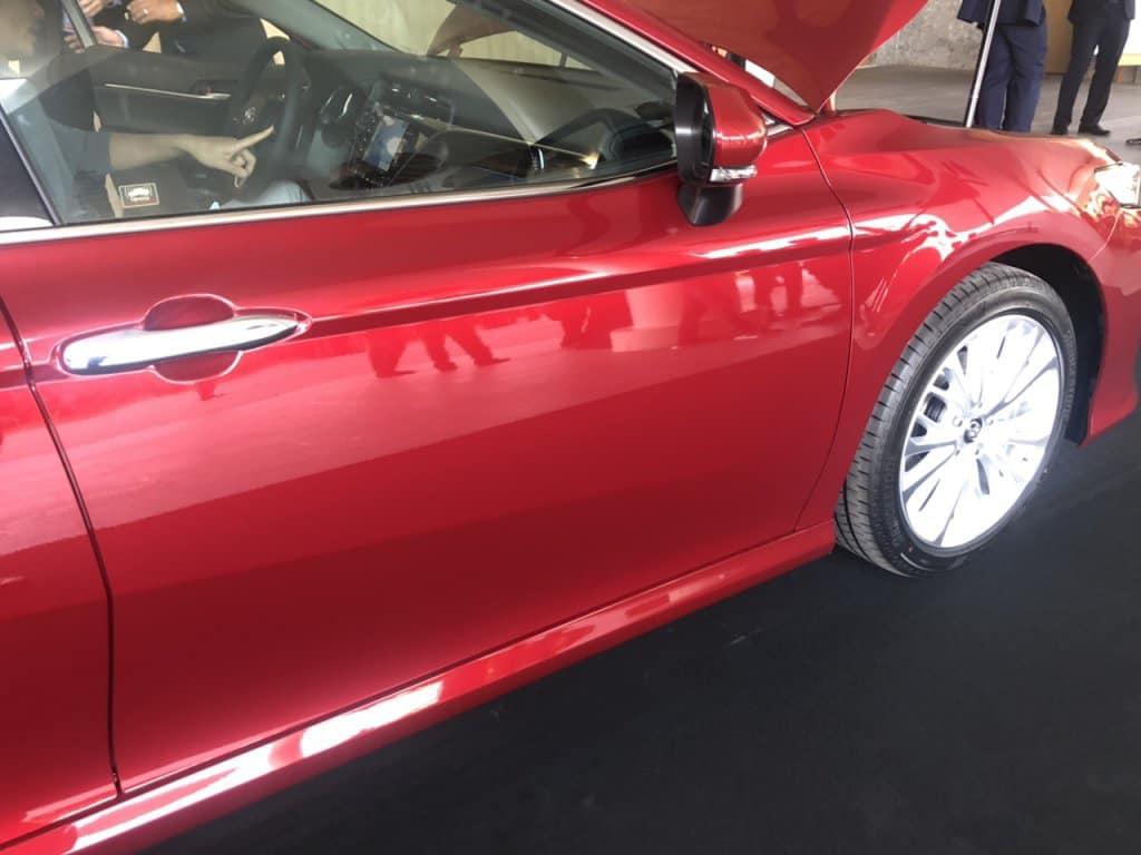 Toyota Camry 2019 bất ngờ lộ ảnh nóng, nhiều nâng cấp đáng giá - Hình 2