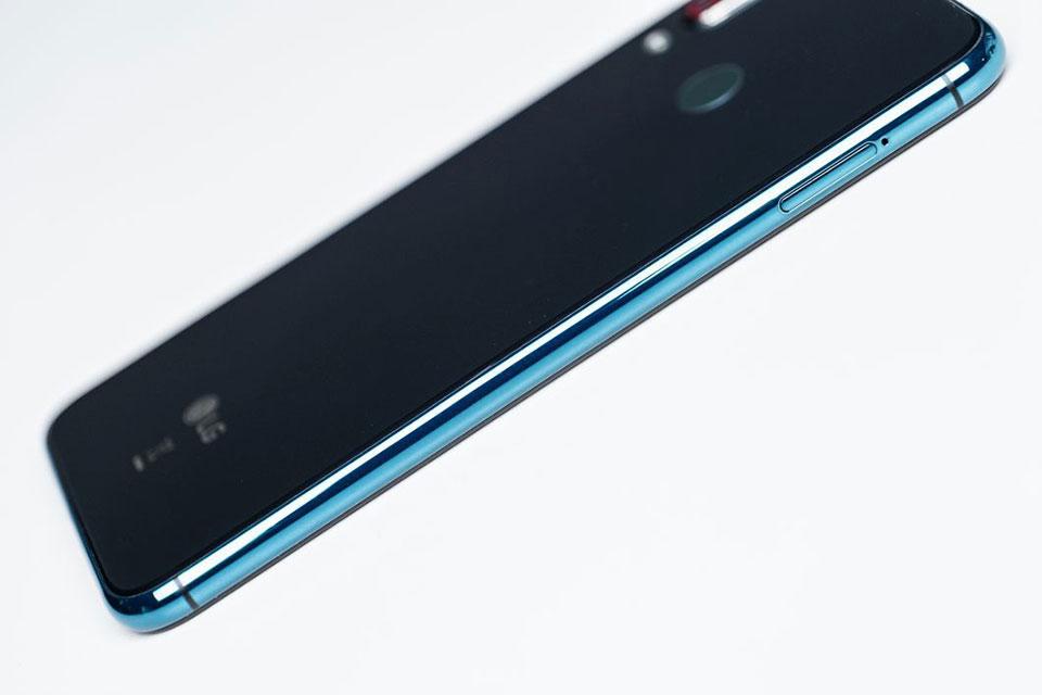 Trên tay LG W30: Notch giọt nước, chip Helio P22, 3 camera, giá 3.3 triệu đồng - Hình 3