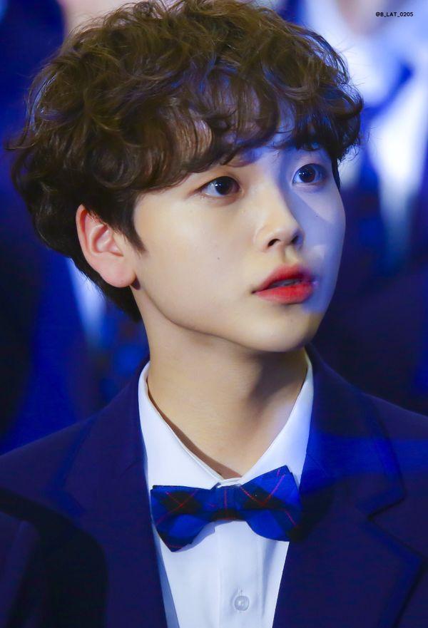 Thí sinh Produce X 101 Song Hyeongjun tạo phản ứng trái chiều khi khóc trong chương trình - Hình 4