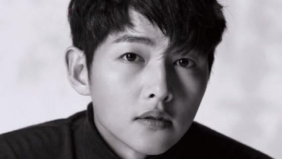 Song Joong Ki: Kẻ si theo đuổi nàng thơ, bao nỗ lực níu kéo kết lại bằng lá đơn ly dị bị cả thế giới chê trách - Hình 2