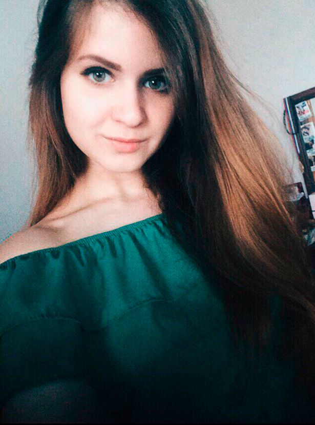 Cô gái Nga chết thảm vì nội tạng bị kéo ra ngoài khi sinh con - Hình 1