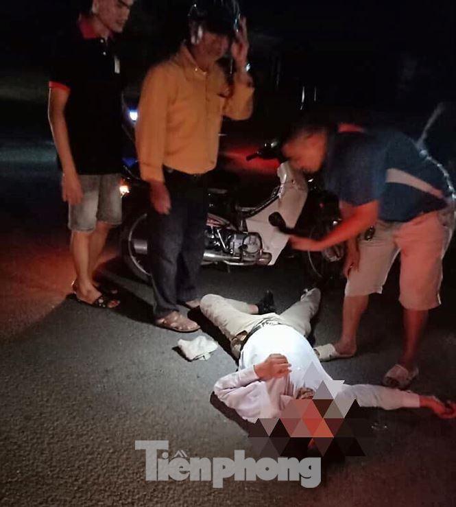 Mất đèn tín hiệu giao thông, liên tục xảy ra tai nạn, 3 người bị thương - Hình 2