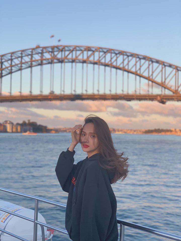 Đẹp hoàn hảo như Hoa hậu Chuyển giới Hương Giang mà vẫn để lộ khuyết điểm không thể nào phẫu thuật - Hình 3