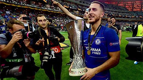 Fan Chelsea thi nhau đổ lệ vì Hazard ra đi - Hình 1