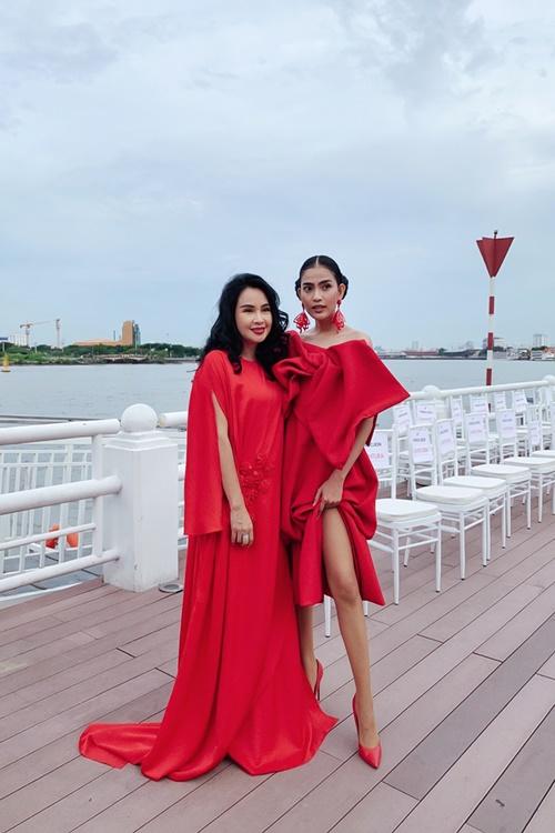 Trương Thị May, Trà Ngọc Hằng diện đầm rực rỡ tại sự kiện thời trang - Hình 5
