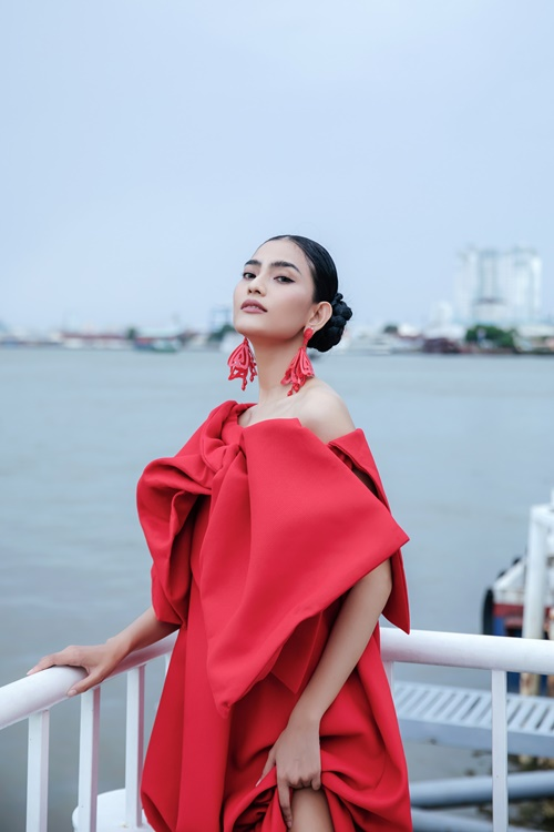 Trương Thị May, Trà Ngọc Hằng diện đầm rực rỡ tại sự kiện thời trang - Hình 4
