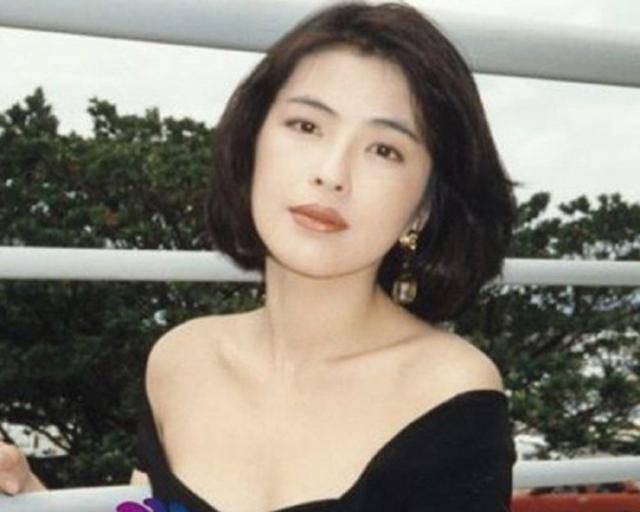 Cuộc hôn nhân tròn đầy hơn 30 năm của Thiên vương Hong Kong Trương Học Hữu: Bà xã đẹp ngang ngửa Trương Mạn Ngọc, hi sinh cả sự nghiệp vì chồng con - Hình 4