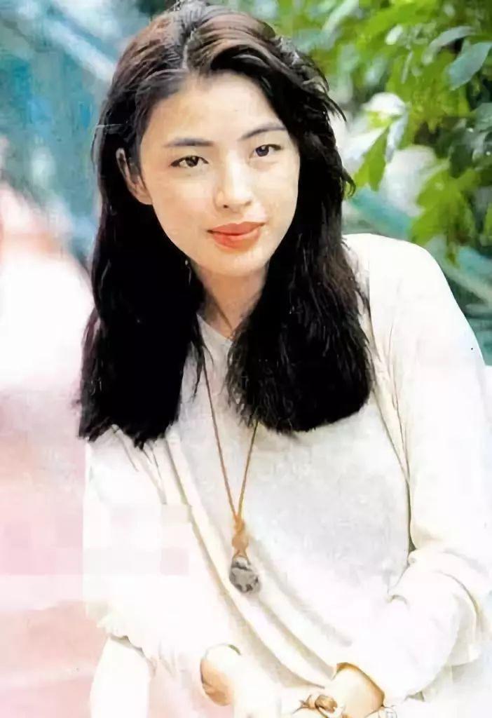 Cuộc hôn nhân tròn đầy hơn 30 năm của Thiên vương Hong Kong Trương Học Hữu: Bà xã đẹp ngang ngửa Trương Mạn Ngọc, hi sinh cả sự nghiệp vì chồng con - Hình 2