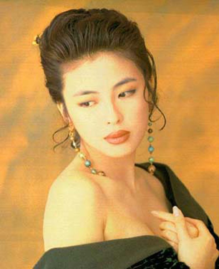Cuộc hôn nhân tròn đầy hơn 30 năm của Thiên vương Hong Kong Trương Học Hữu: Bà xã đẹp ngang ngửa Trương Mạn Ngọc, hi sinh cả sự nghiệp vì chồng con - Hình 1