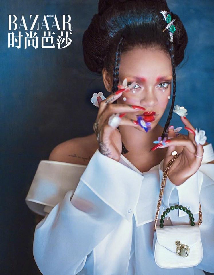 Rihanna hóa nàng tiên bướm ấn tượng trên tạp chí thời trang Trung Hoa - Hình 4