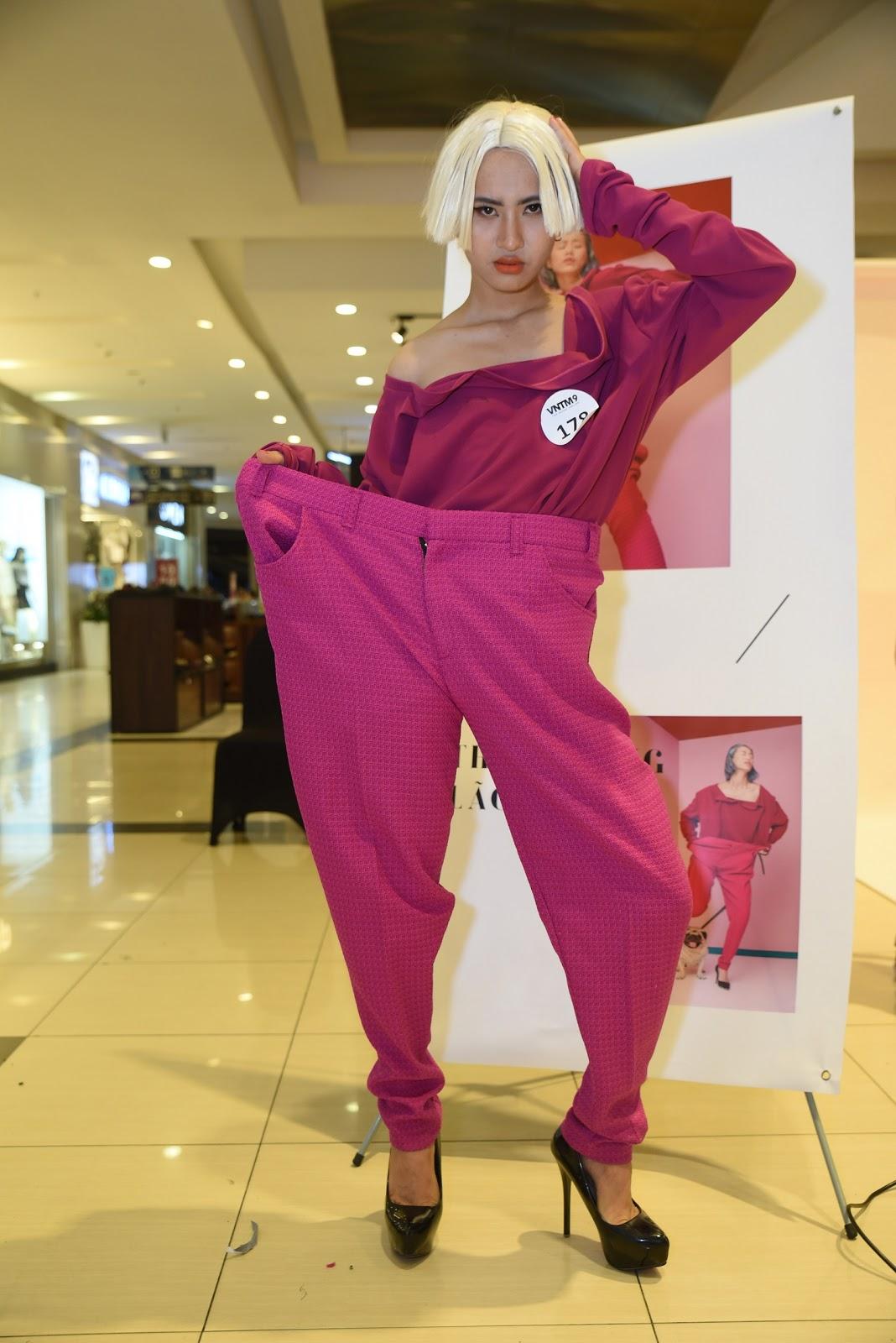 Thí sinh Top Model Online chịu khó 'làm lố' trong thử thách chụp ảnh cho thương hiệu Thời trang lão hóa QGC - Hình 17
